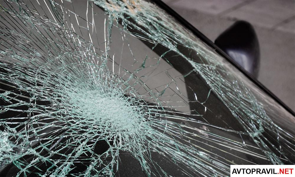 Если автомобиль без страховки попал в аварию