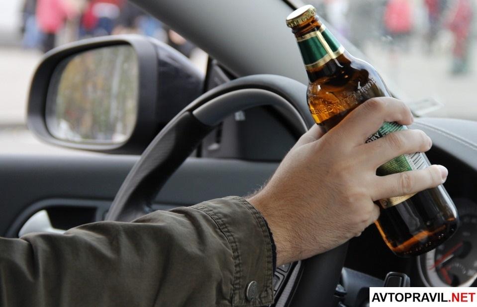 Пьяный за рулем авто